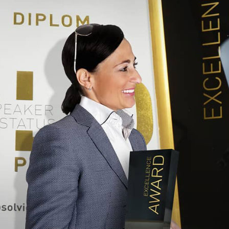 Nadine Dlouhy Award